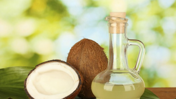 The 20 Best Beauty and Cooking Benefits of Coconut Oil