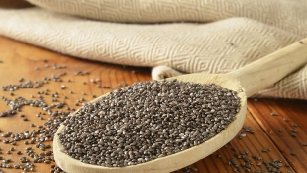 Discover 10 Health Benefits of Chia Seeds and How to Eat Them